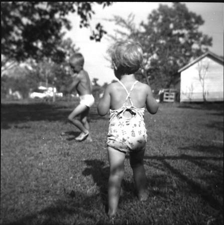 1950-m-Phil & Suzanne.jpg