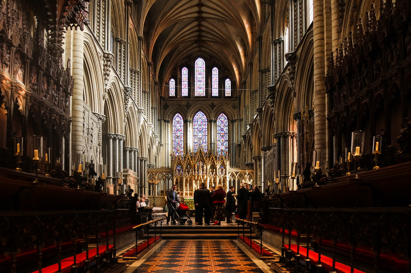 dan_and_sarah_francis_wedding_ely_cathedral_bensavellphotography (23 of 219).jpg
