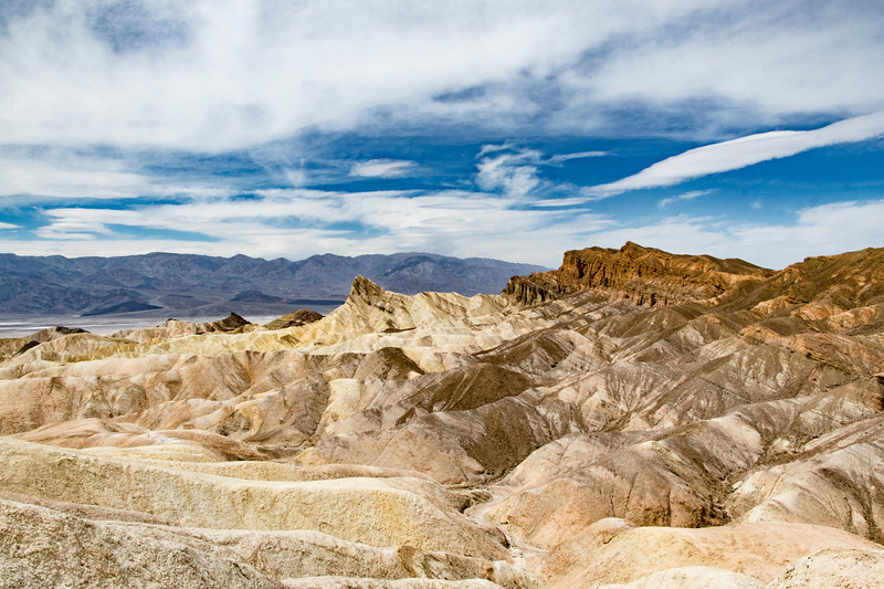 Zabriskipoint-Death-Valley.jpg