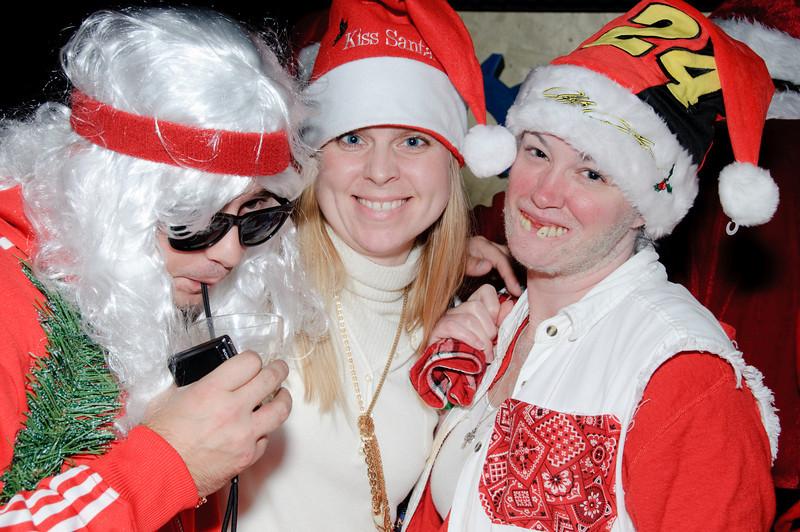 2009 ALS Santa Crawl-176.jpg