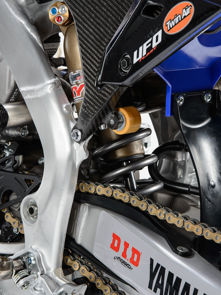 2017_OUTS_detail_WR250F_MCCANNEY_013.jpg