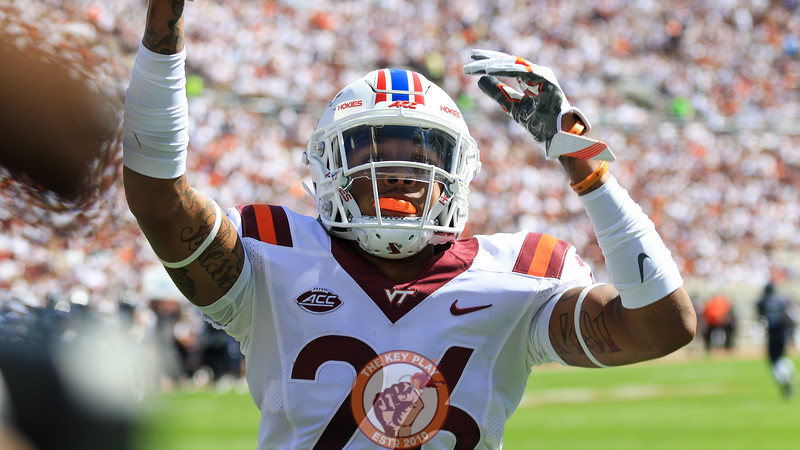 Jovonn Quillen pumps up the crowd after a Virginia Tech kickoff and touchback. (Mark Umansky/TheKeyPlay.com)