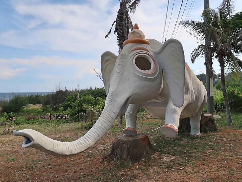 IMG_3382-big-eyed-elephant.jpg