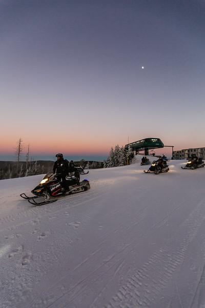 2020-01-09_SN_KS_Snowmobile Sunset-7825.jpg