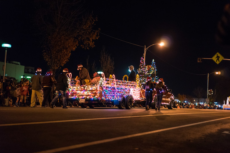 Light_Parade_2015-08417.jpg