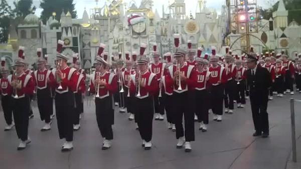 2010 Video  Disneyland  12-29-2010 Rose Bowl