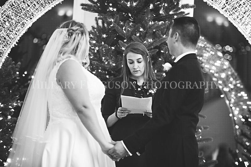 Hillary_Ferguson_Photography_Melinda+Derek_Ceremony103.jpg
