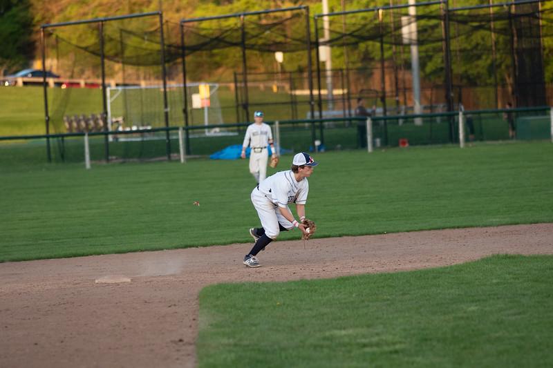 needham_baseball-190508-280.jpg