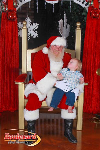 Santa 12-10-16-188.jpg