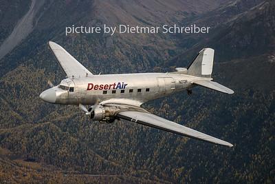 N272R Douglas DC3