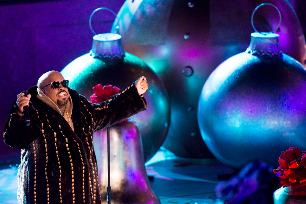 Description of . CeeLo Green performs at the 80th annual Rockefeller Center Christmas tree lighting ceremony on Wednesday, Nov. 28, 2012 in New York. (Photo by Charles Sykes/Invision/AP)
