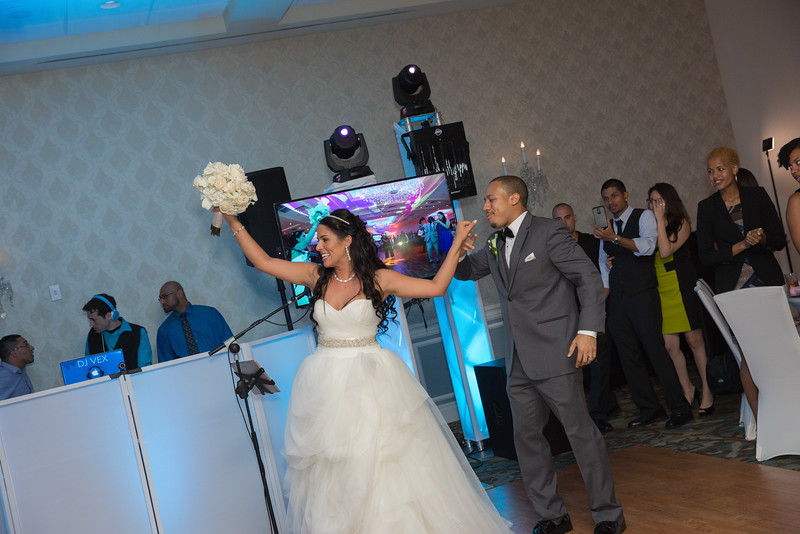 156_speeches_ReadyToGoPRODUCTIONS.com_New York_New Jersey_Wedding_Photographer_J+P (768).jpg