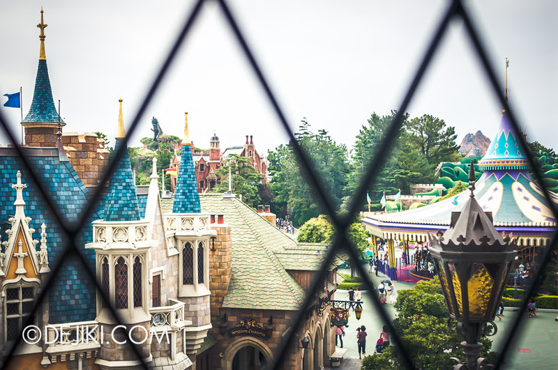 Cinderella's Fairy Tale Hall - Window to Fantasyland 2