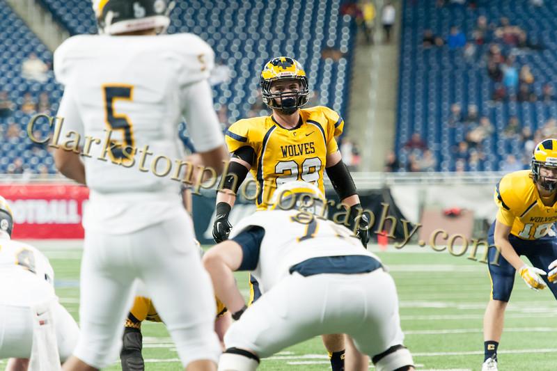 2014 Clarkston Varsity Football vs. Saline 200.jpg