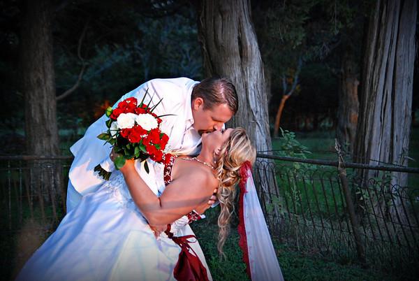 Thomas and Barbara Circle Wedding