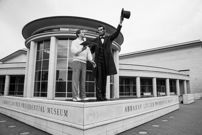 LincolnMuseumStatues.jpg