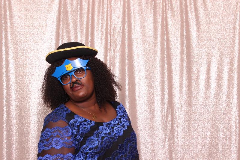 Boothie-PhotoboothRental-PriyaAbe-O-174.jpg