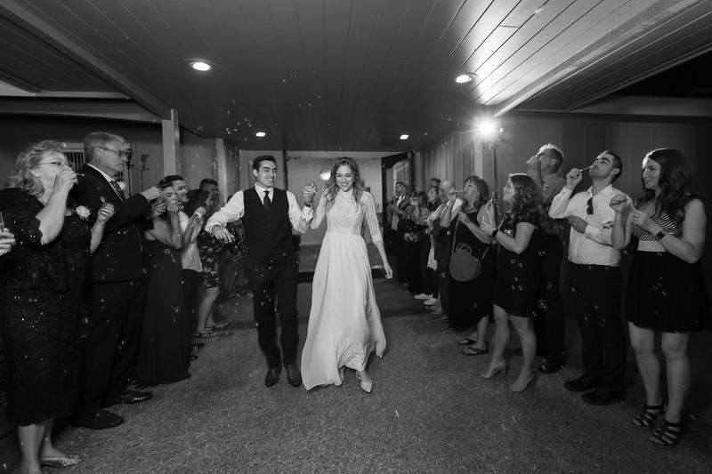 Mr and Mrs Souza-1039.jpg