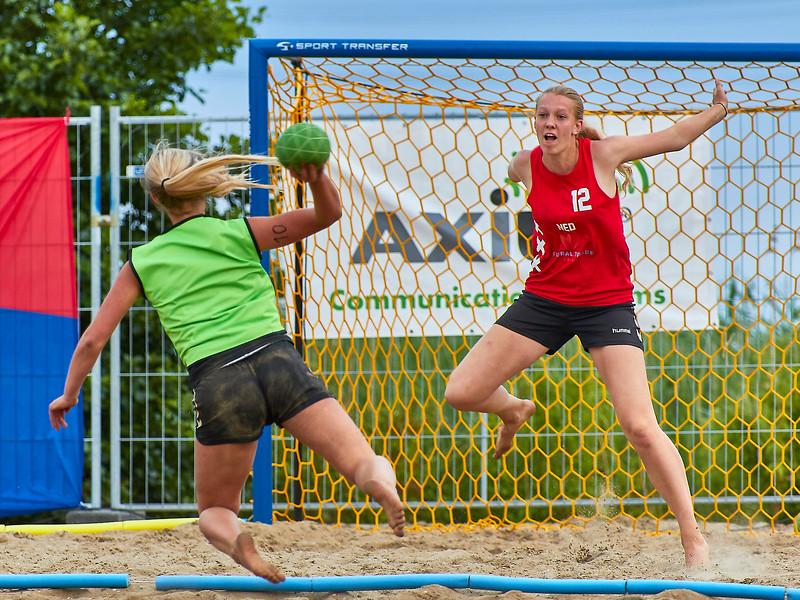 Molecaten NK Beach Handball 2017 dag 1 img 644.jpg