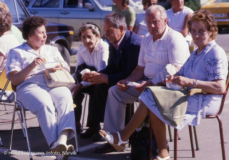 Feiring av Ballangens 60 års jubileum på torget.