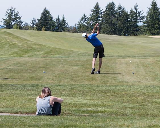 NWAC Championship - Bellevue Golf Team - 5-2017