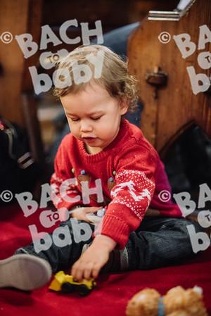 © Bach to Baby 2017_Alejandro Tamagno_Sydenham_2017-12-06 025.jpg