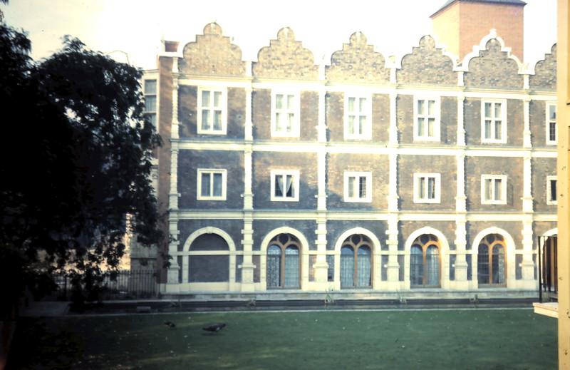 1959-9-21 (38c) Holland Park Youth Hoste, London.JPG