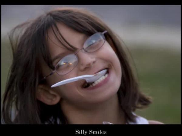 Smilessm.mp4