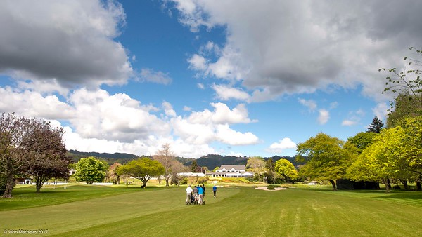 View down the 18th fairway on Practice Day 1 of the Asia-Pacific Amateur Championship tournament 2017 held at Royal Wellington Golf Club, in Heretaunga, Upper Hutt, New Zealand from 26 - 29 October 2017. Copyright: Simon Woolf  2017.   www.woolf.co.nz