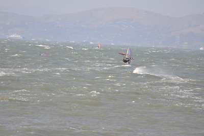 Another Big Crissy Day 30+mph Solid gusting 40 4-27-08