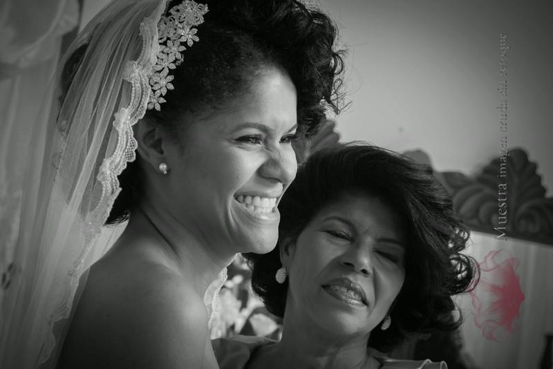 IMG_6500 August 09, 2014 Wedding Day Niurquis + Angel-2.jpg
