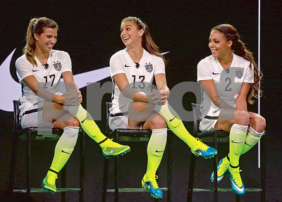 parry-uswnt-uniforms-need-to-stick-with-red-white-and-blue