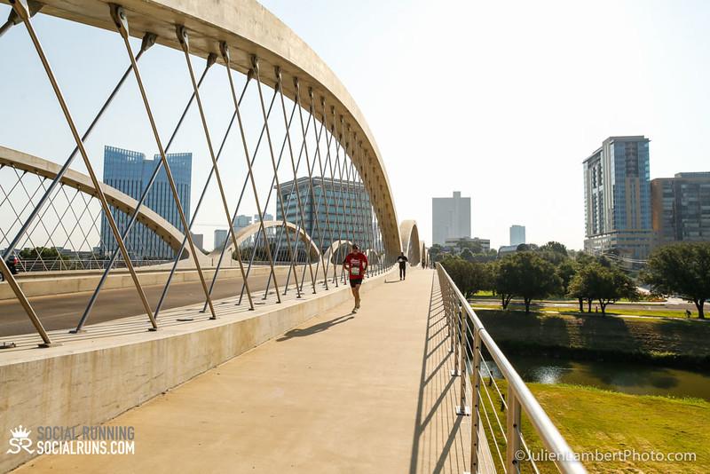 Fort Worth-Social Running_917-0044.jpg