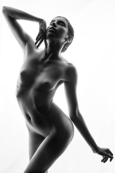 Lindsay-Adler-Photography-Fine-Art-Nude-EE8A8820_.png