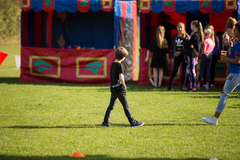 bensavellphotography_lloyds_clinical_homecare_family_fun_day_event_photography (297 of 405).jpg