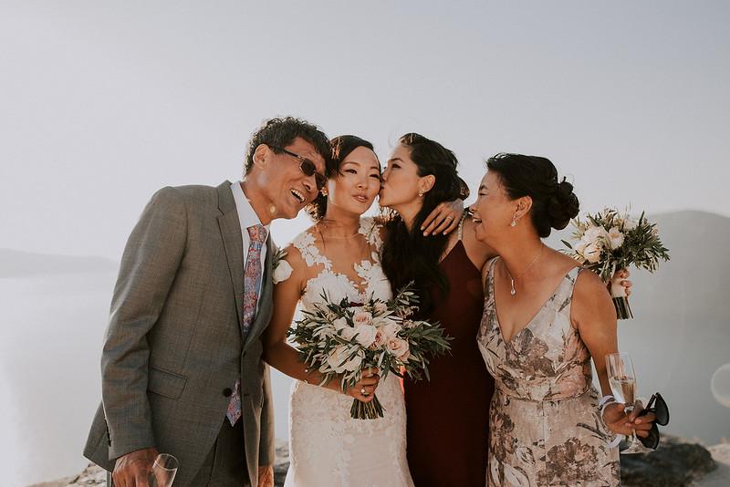Tu-Nguyen-Destination-Wedding-Photographer-Santorini-Rocabella-Hotel-Euna-Ehsan-578.jpg