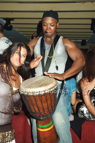 Michelle DeBerry, Bongi photo by Rob Rich © 2008 516-676-3939 robwayne1@aol.com