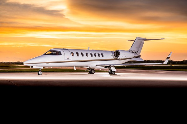 Lear 45 N217MJ (High Res)