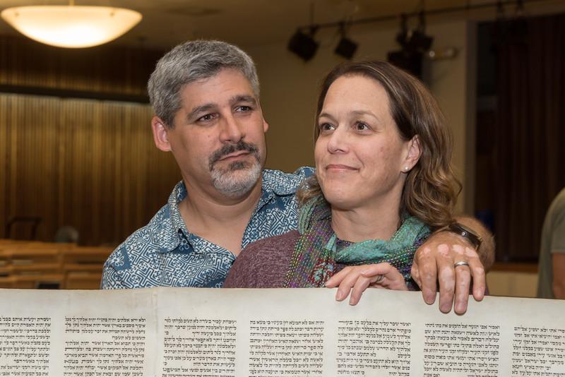 Simchat Torah4668.jpg