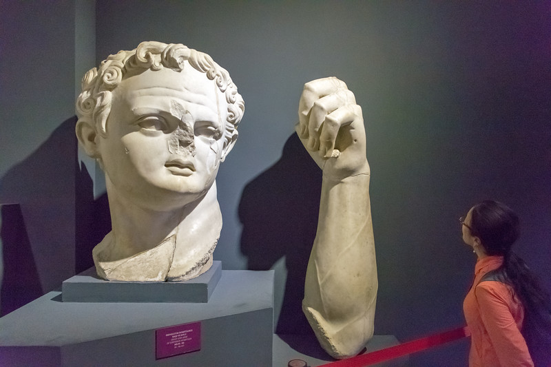 The head and arm of the Emperor Domitian
