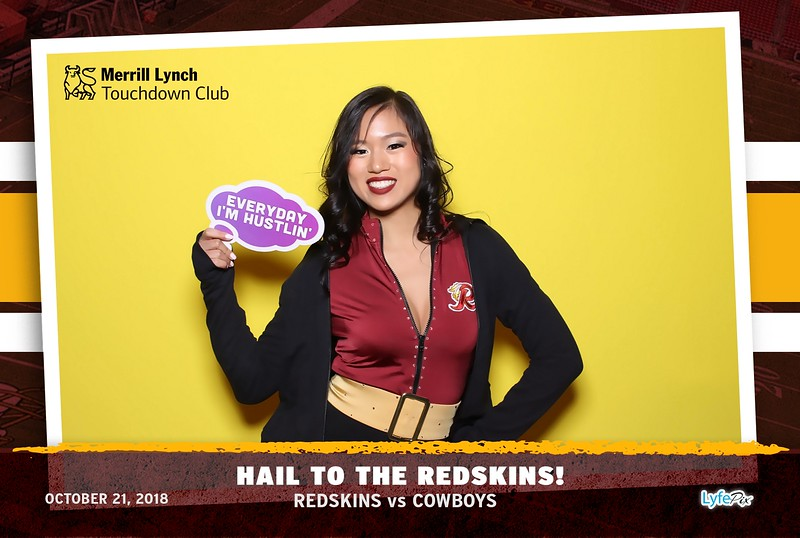 washington-redskins-dallas-cowboys-merrill-lynch-touchdown-club-photobooth-142330.jpg