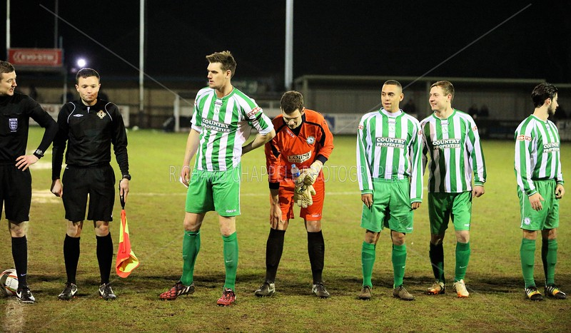 CHIPPENHAM TOWN V BIGGLESWADE TOWN MATCH PICTURES 3rd Feb 2015