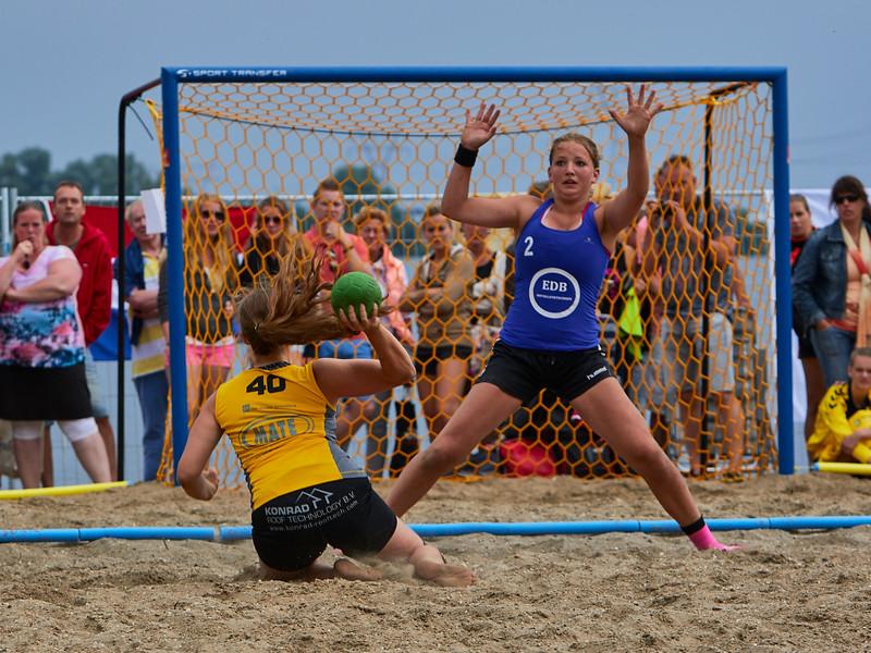 Molecaten NK Beach Handball 2015 dag 2 img 677.jpg