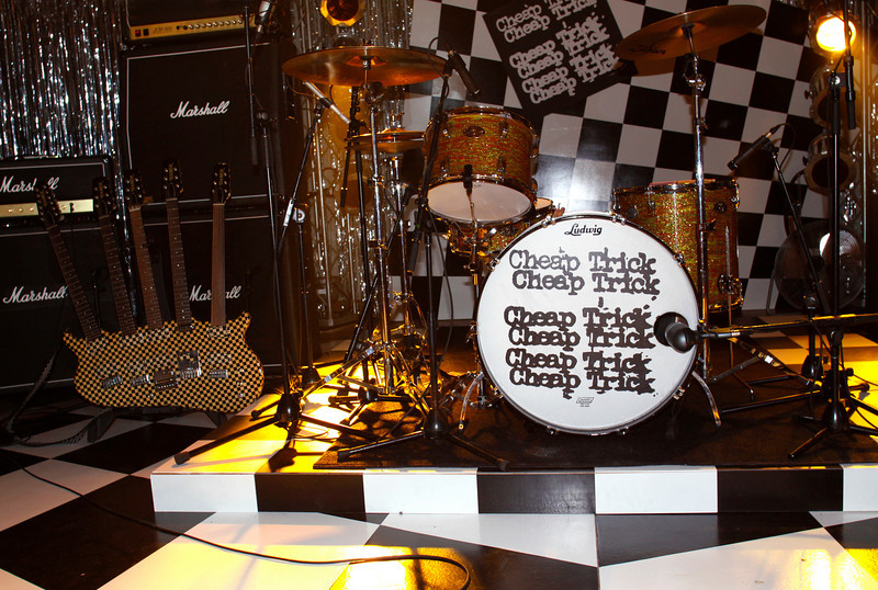 Cheap Trick Set