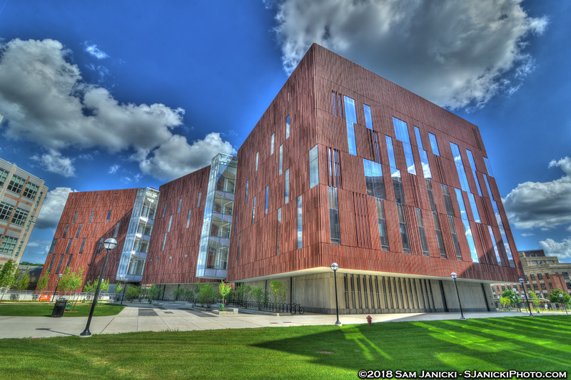 7-04-18 Biological Sciences Building HDR (108).jpg
