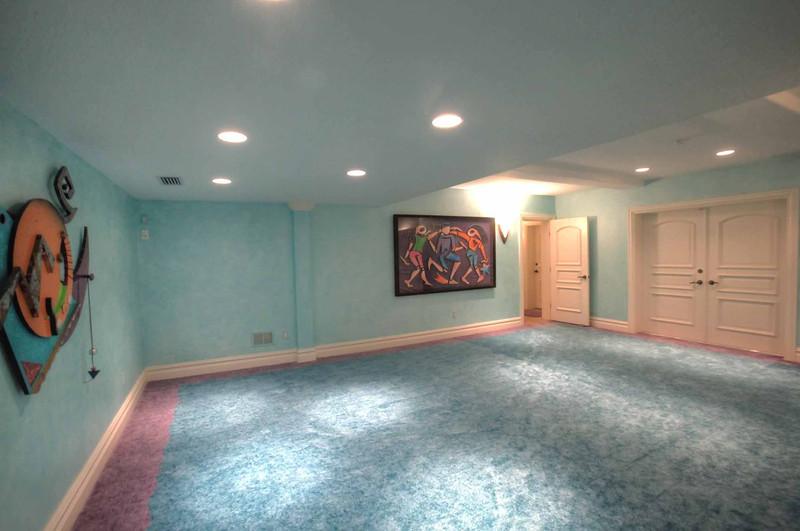 Bonus Room 2.jpg