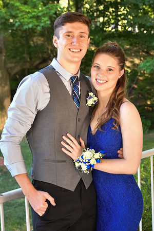 Daniel & Taylor Backyard Prom 2020