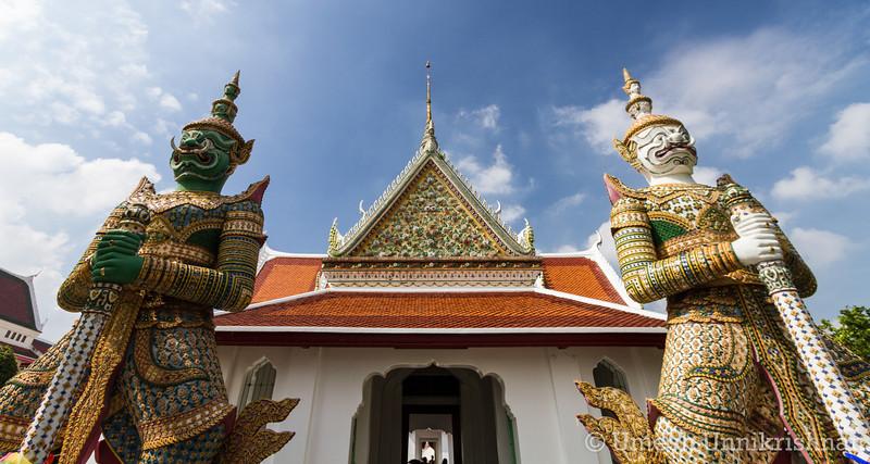 Thailand - Wat Arun 3274.jpg