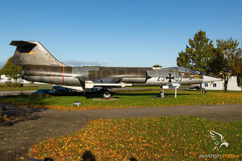 German Air Force / Lockheed F-104 Starfighter / 25+02