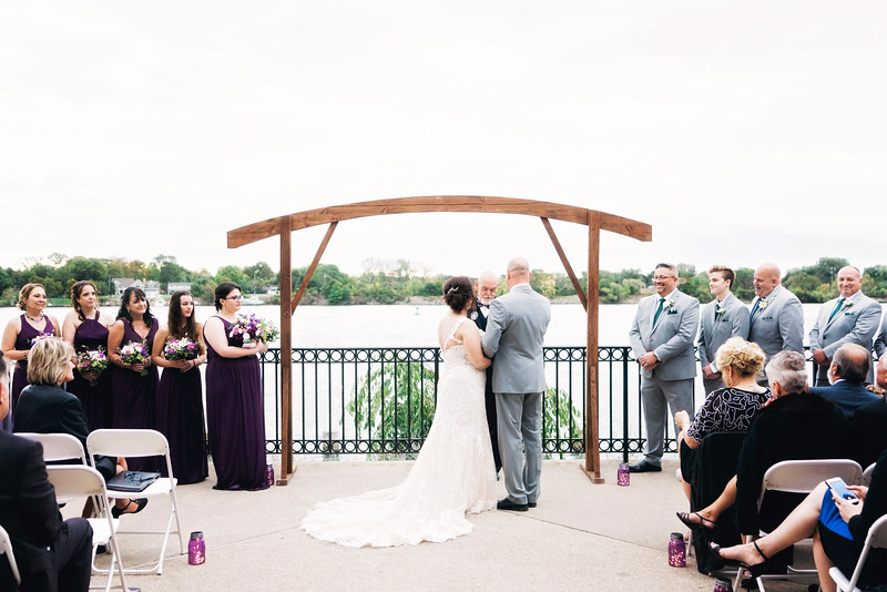 chateau-on-the-river-trenton-michigan-wedding-0297.jpg
